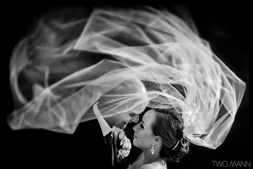 Kicking-Horse-British-Columbia-Wedding-Two-Mann-Justine-Lee-24-2560x1707