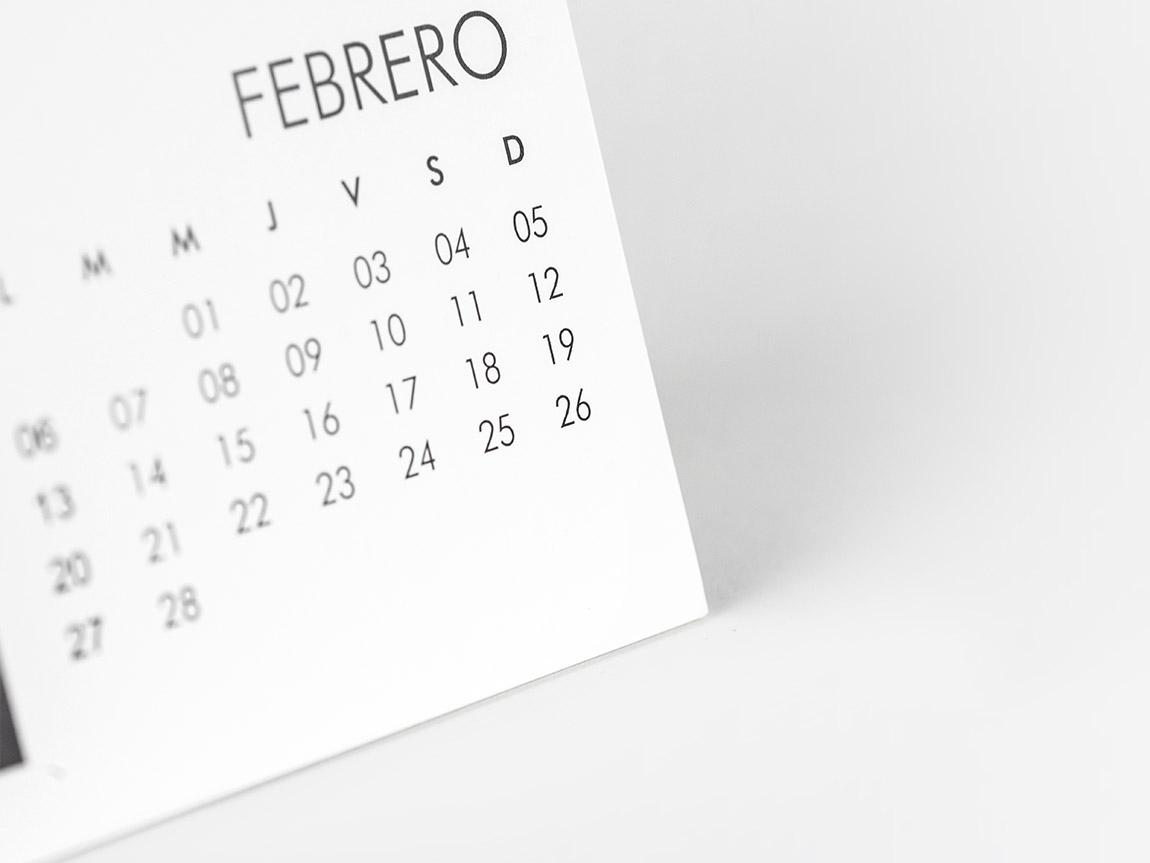 Calendario online de sobremesa Hofmann